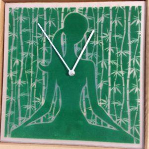 IMG 5088 300x300 - Orologio da parete VelvetTime Yoga
