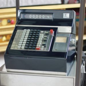 IMG 5760 300x300 - Registratore di cassa vintage