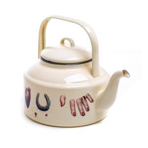 Seletti TOILETPAPER teapot 1700 beige love 3 300x300 - Teiera Seletti Wears Toiletpaper